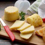 Як зробити твердий сир в домашніх умовах | 10 рецептів домашнього сиру