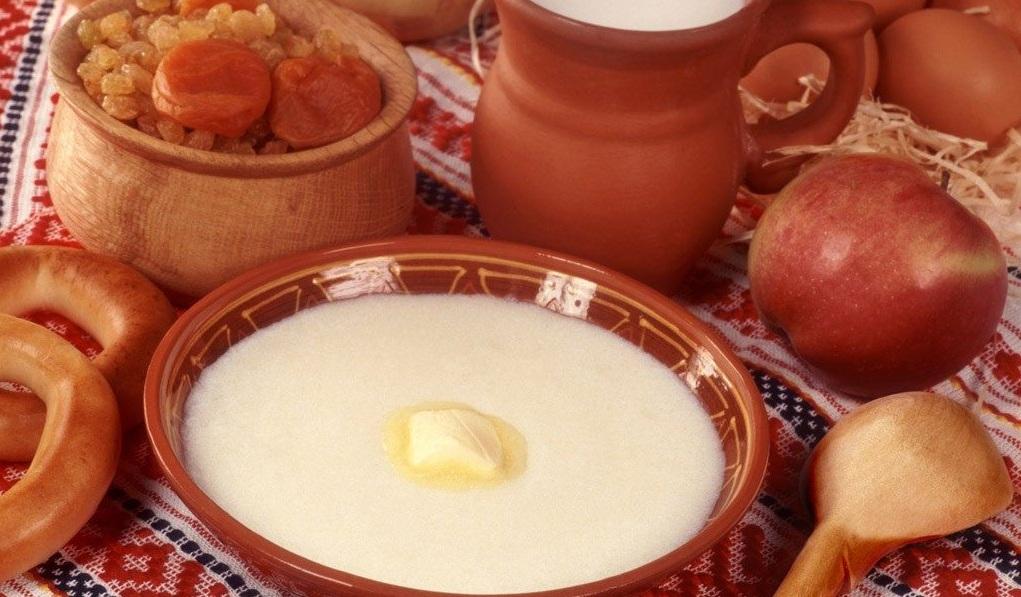 Суп молочний з манними кльоцками