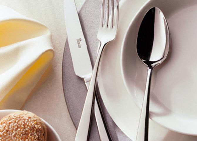 Посуд та столові прибори для ресторану