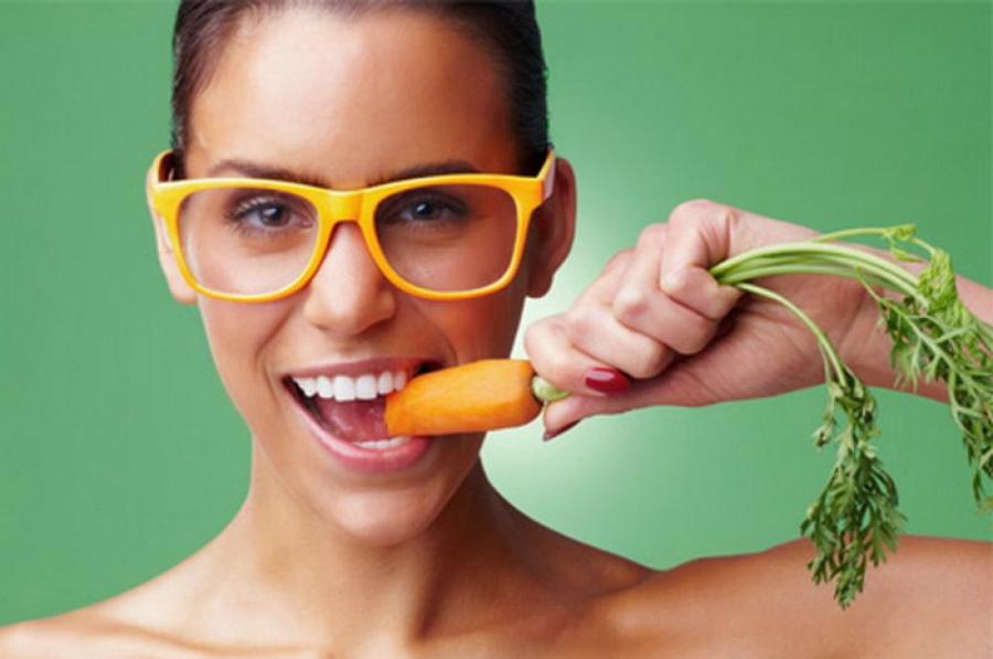 Їсти, щоб бачити: 10 продуктів які треба вживати для поліпшення зору