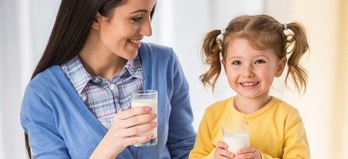 Чому скисає молоко? | 11 цікавих фактів про молоко, яких ви не знали