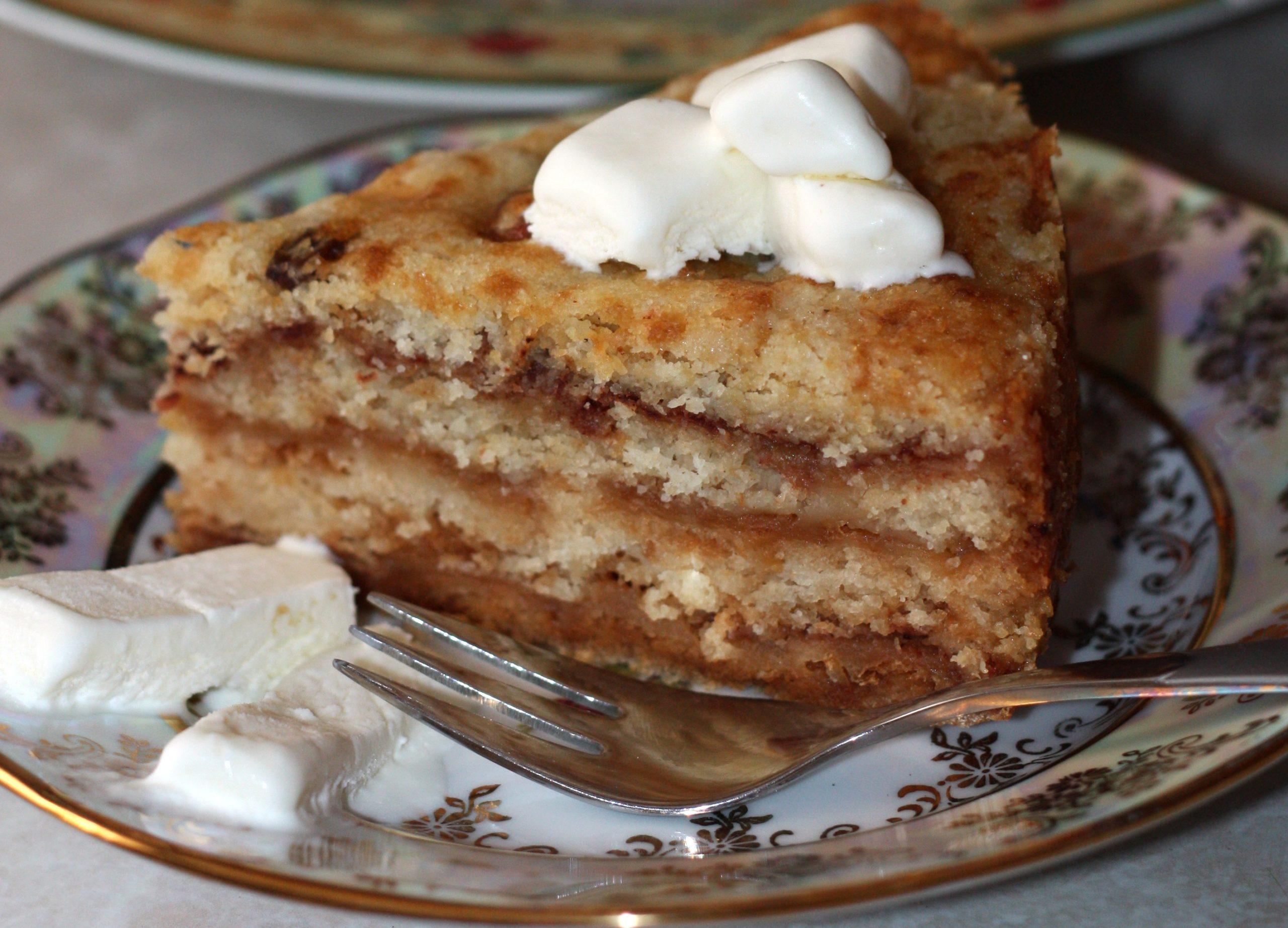 Яблучний пиріг без тіста
