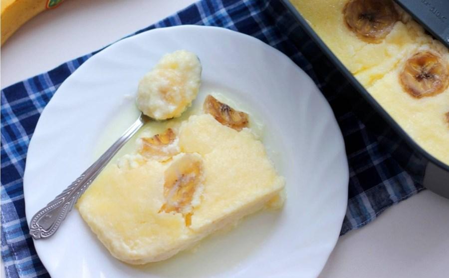 Бананово-сирна запіканка на парі в мультиварці