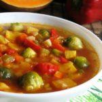 Часниковий суп з брюссельською капустою