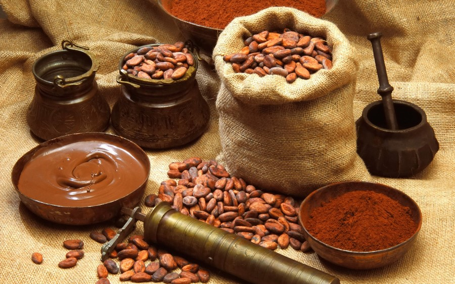 Гарячий шоколад, якого ви досі не куштували: 16 рецептів та цікавих фактів