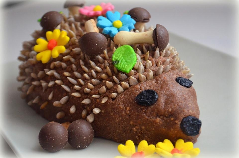 Бісквітний торт «Їжачок»
