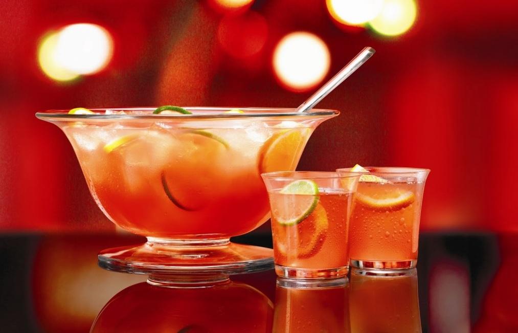 Яблучний безалкогольний пунш