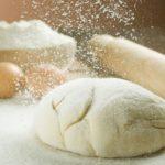Як правильно приготувати тісто для вареників: шість найкращих рецептів