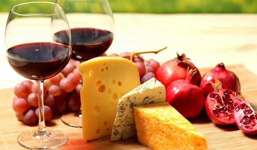 Яку їжу любить вино