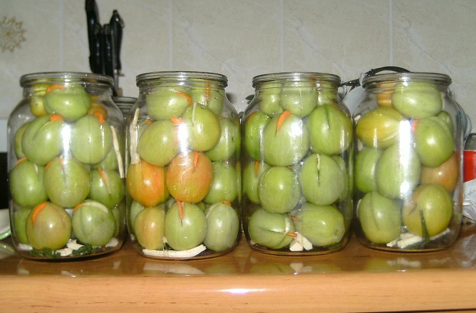 Зелені помідори із сюрпризом