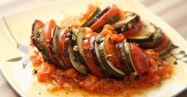 Рататуй з овочами та м'ясом | Рецепт в духовці та мультиварці
