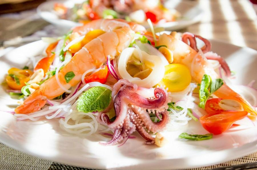 Жіночий день: 8 страв, які під силу приготувати чоловікам