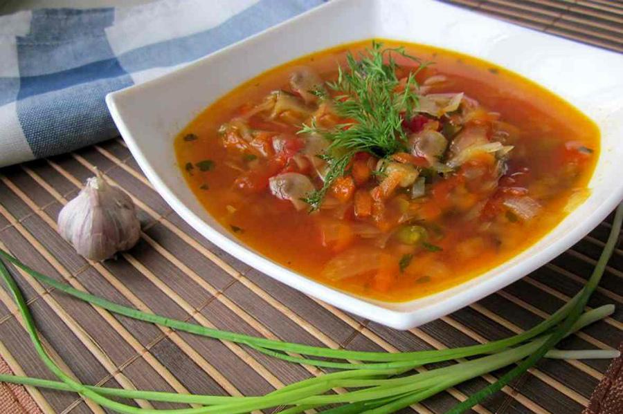 Грибний суп з квасолею