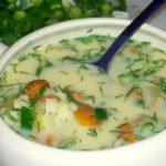 Рецепт грибного супу з плавленим сирком | Юшка з шампіньйонів