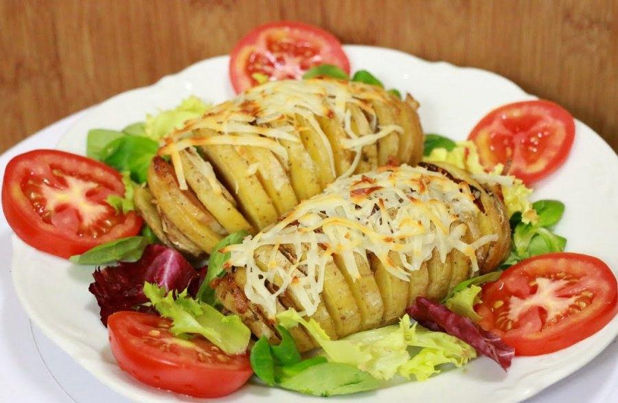 Закуска з картоплі «Гармошки»