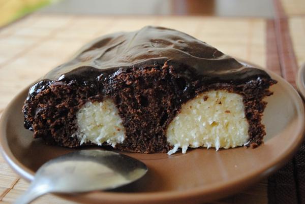 """Шоколадний пляцок із сирними """"рафаелками"""""""