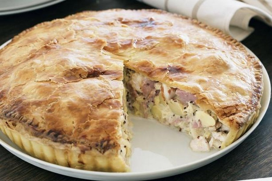 Пиріг з м'ясом і картоплею