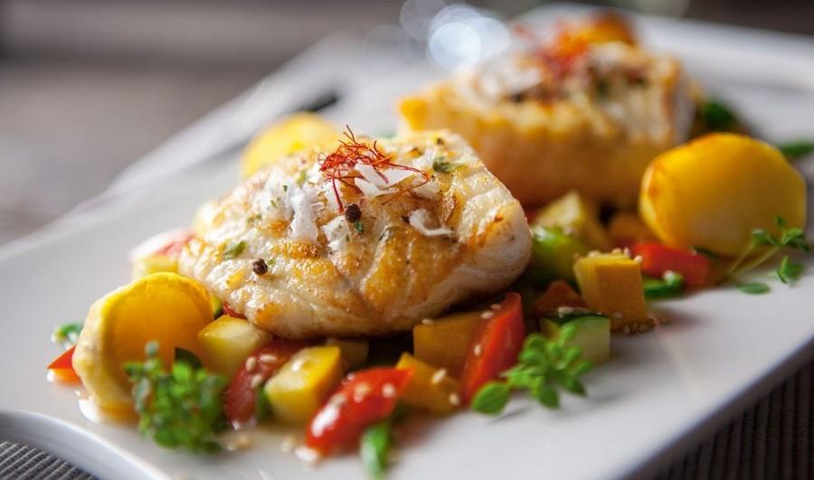 Риба під овочевою ковдрою