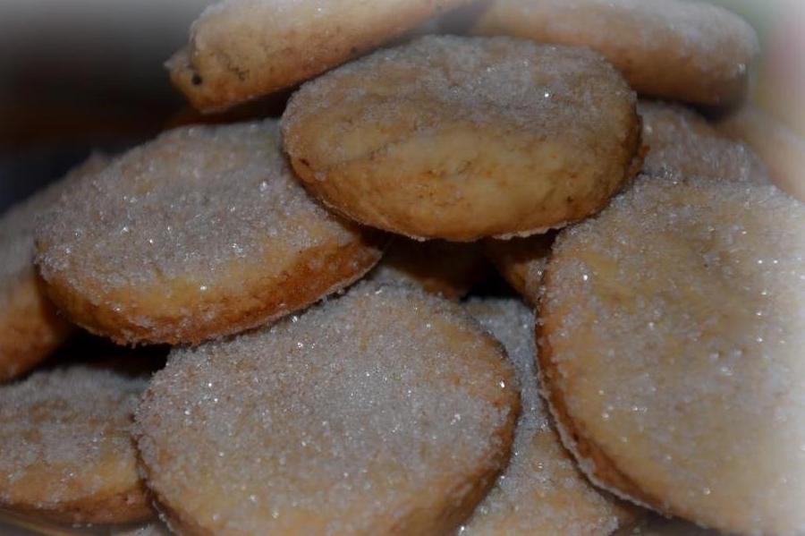 Розсипчасте цукрове печиво