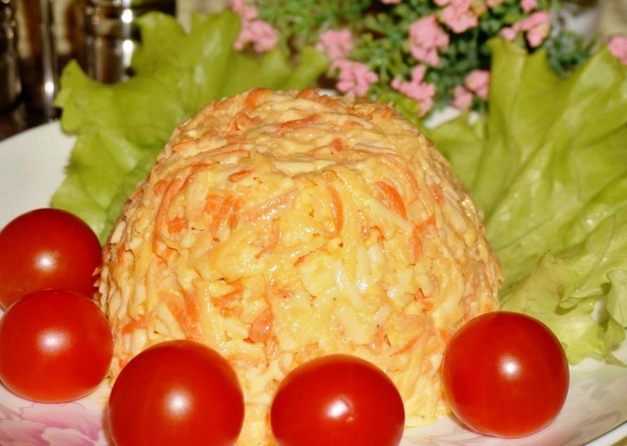 Салат з моркви та сиру