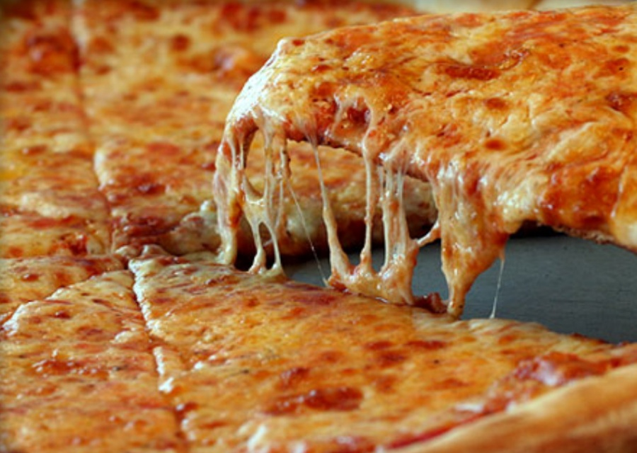 Швидка піца у духовці   Рецепт на швидку руку в домашніх умовах