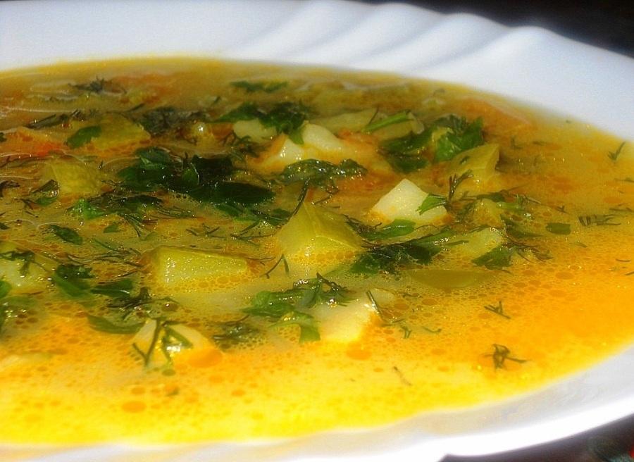 Легкий кабачковий суп