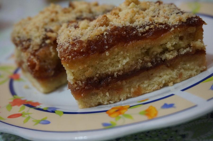 Пісочне тістечко з яблучним повидлом