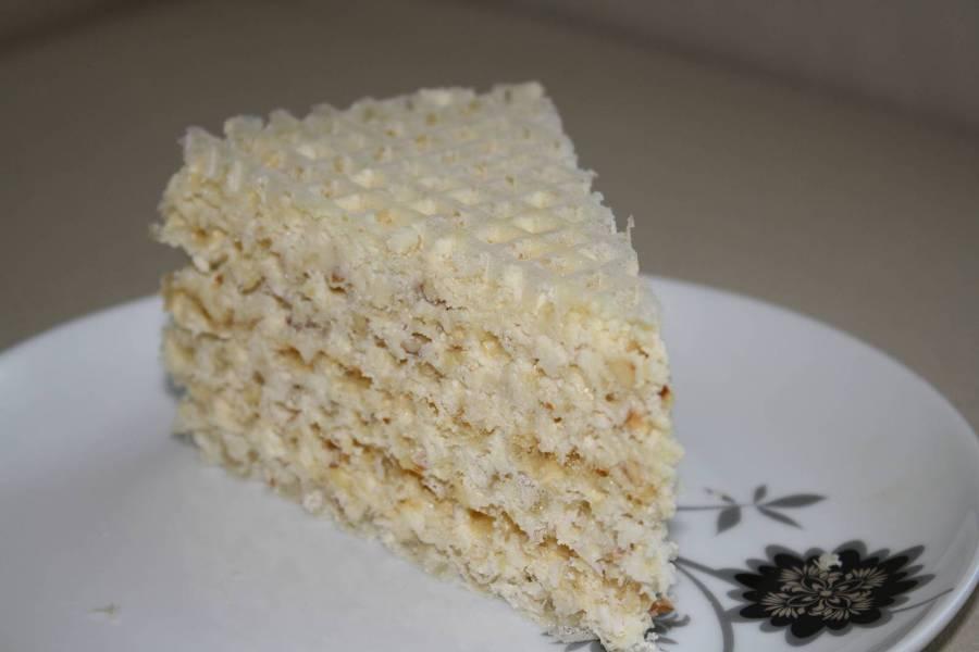 Вафельний торт «Рафаелло»