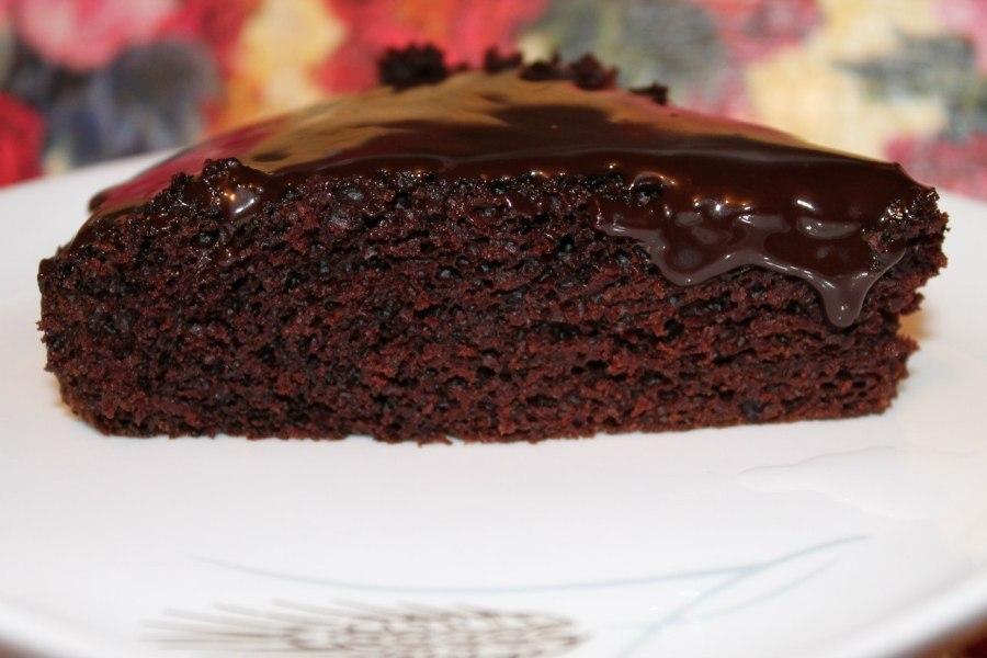Вологий шоколадний пиріг