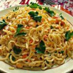 Салат з мівіни | Топ 5 рецептів з крабових паличок, кукурудзи і ковбаси