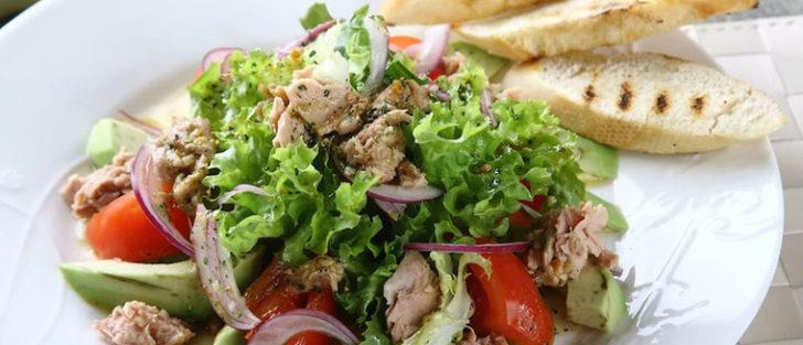Розкішний святковий салат | 3 рецепти на святковий стіл
