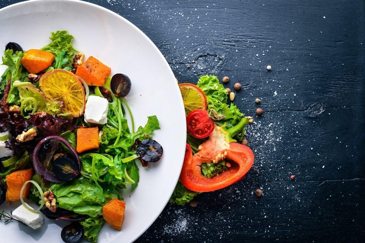 Осінні салати на святковий стіл без майонезу