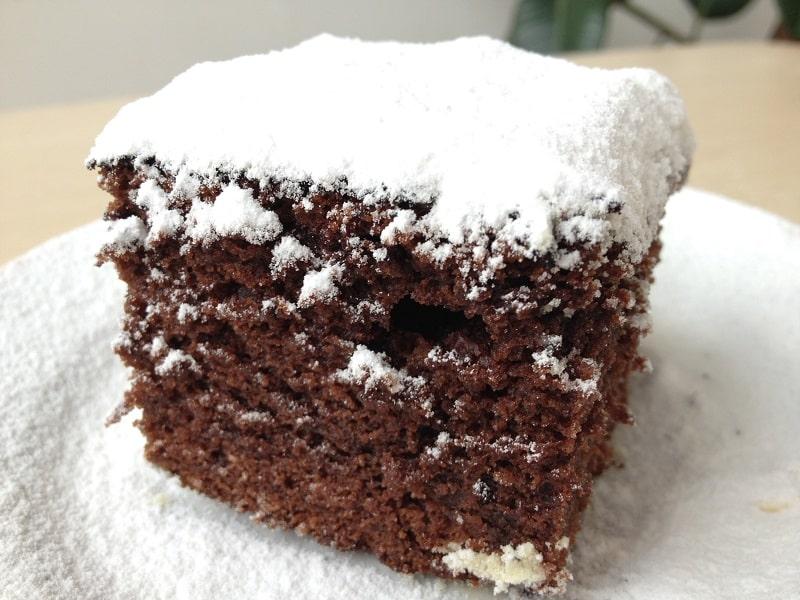 Шоколадний пиріг  на кефірі в мультиварці