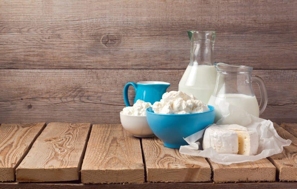 Рецепт домашнього сиру зі свіжого молока