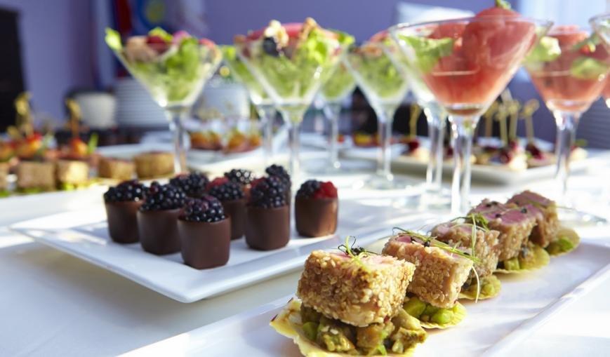 Дешеві рецепти десертів на святковий стіл