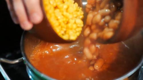 Мексиканський суп з кукурудзою