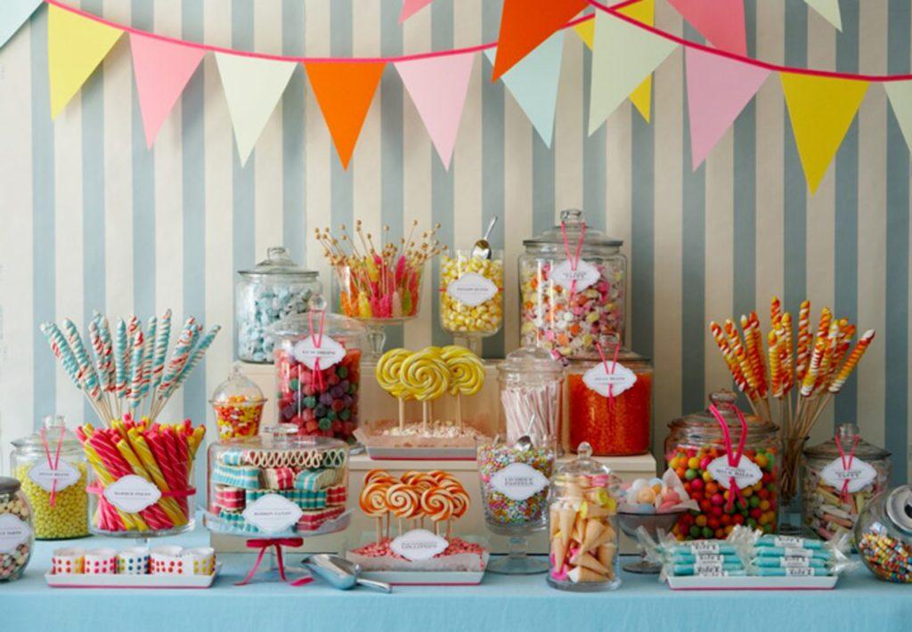 Як прикрасити стіл на дитяче день народження
