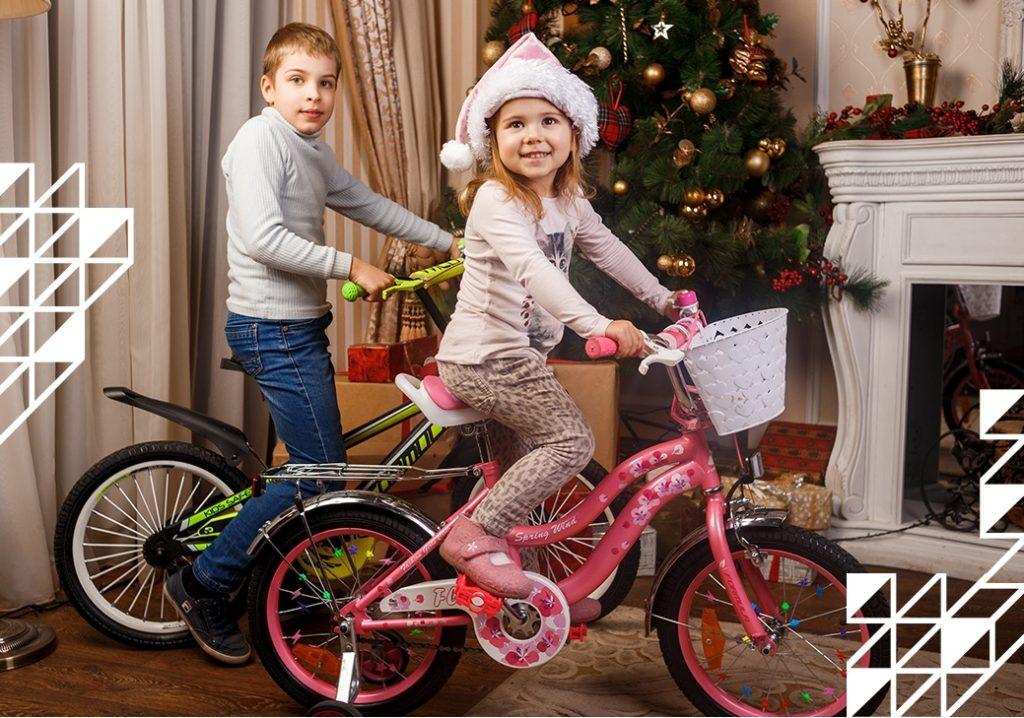 Подарунки на Новий рік. Дитячі велосипеди, самокати.