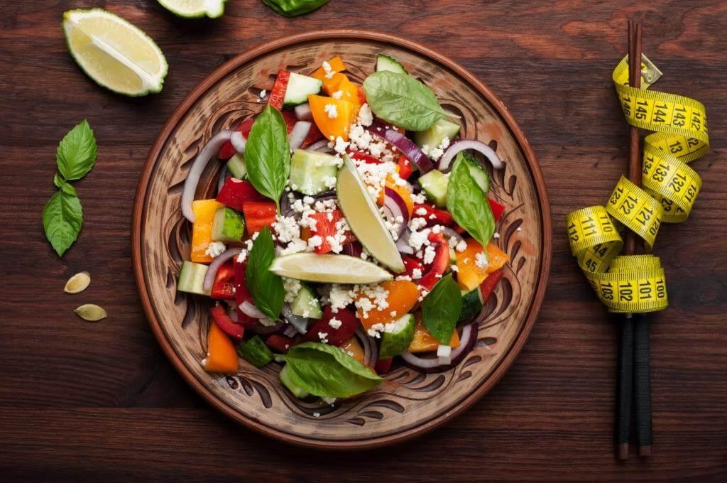 Новорічні дієтичні салати | З курячого філе | Капусти | Тунця