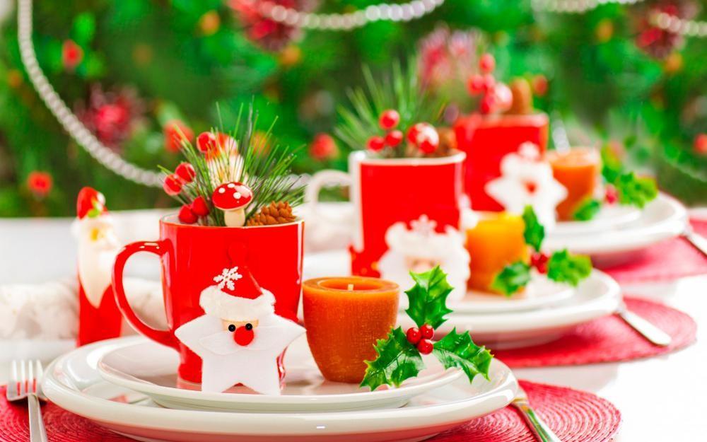 Як прикрасити дитячий новорічний стіл
