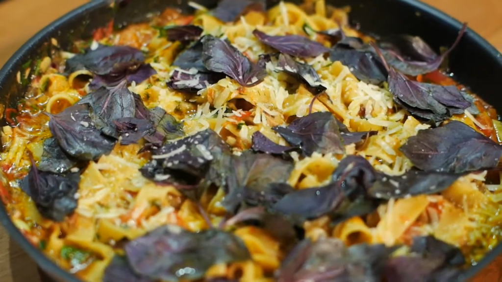 Як приготувати пасту з тунцем і сиром