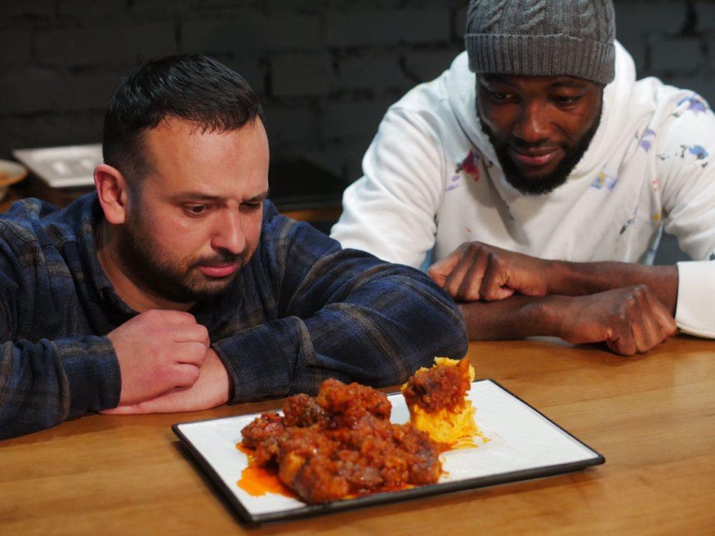 Африканська кухня   Банку з тушкованим м'ясом в томатному соусі