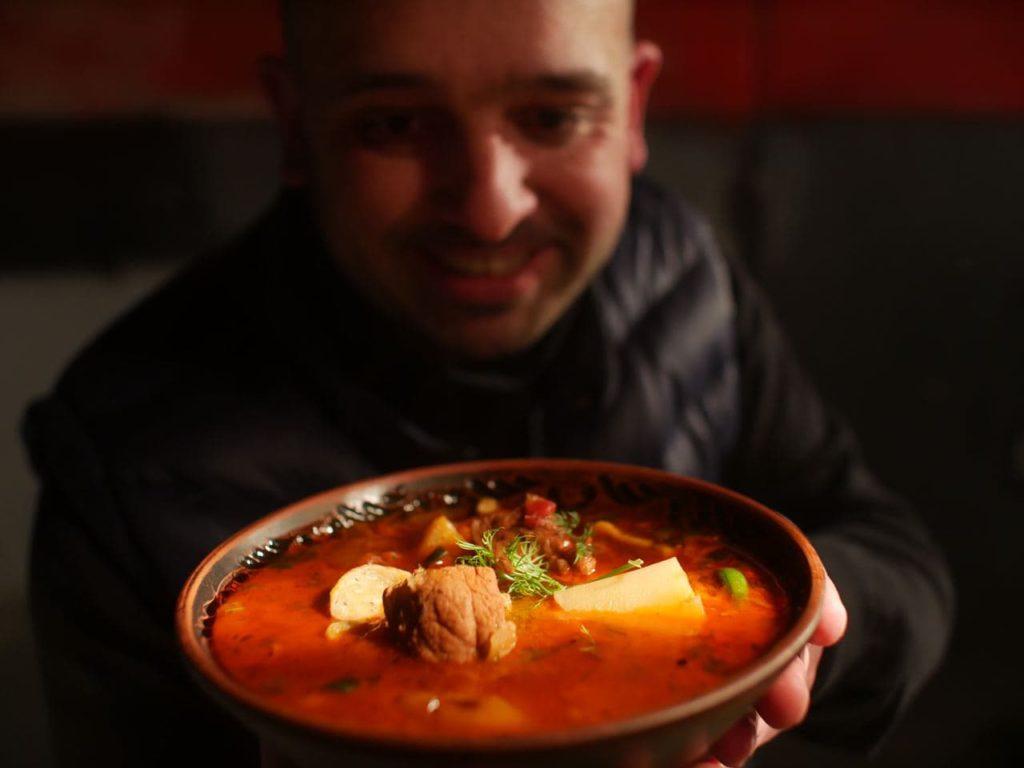 Бограч — мадярський гуляш | Угорський суп в казані