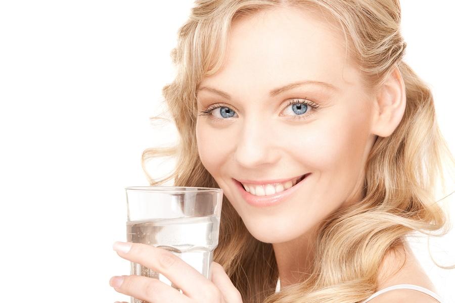 7 причин пити воду