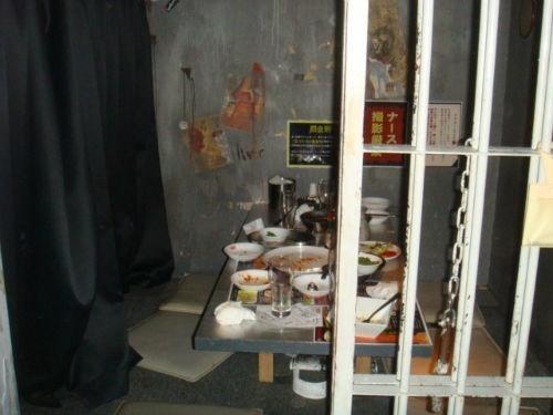 Alcatraz-ER-Horror-Restaurant-Tokyo-Japan-9