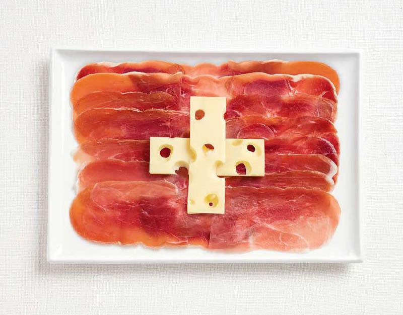 Ковбаси та швейцарський сир (Швейцарія)