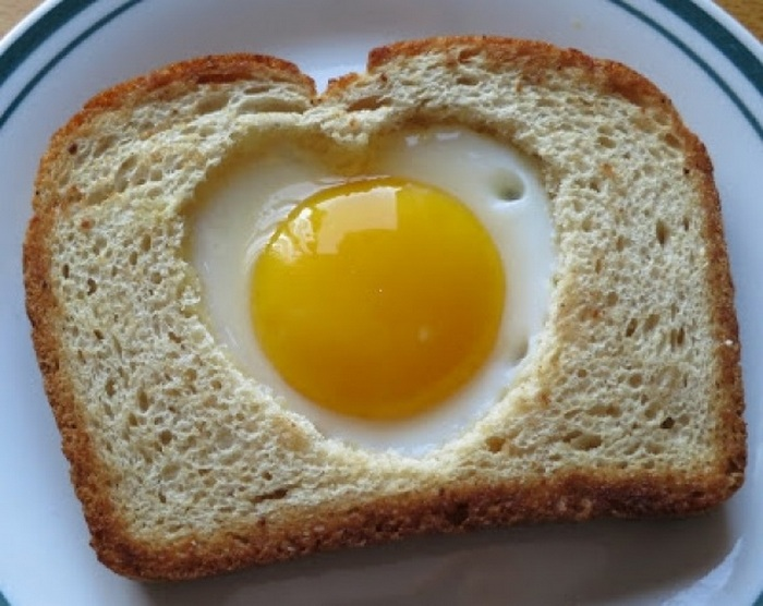 яєчня в рамочці