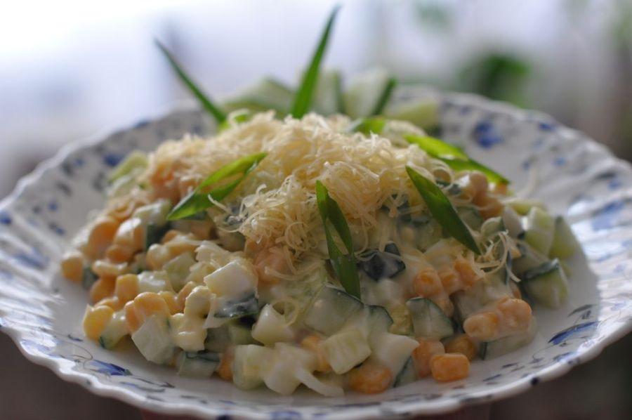 Простые салаты с кукурузой на скорую руку