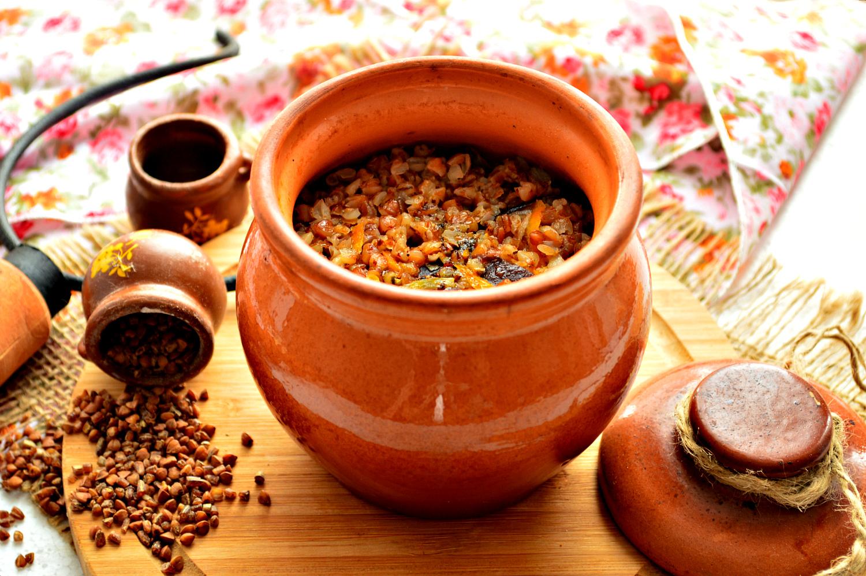 9 рецептів приготування страв у горщиках4