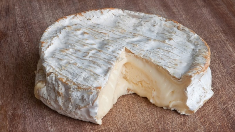 Французька молочниця, що нагодувала світ сиром камамбер